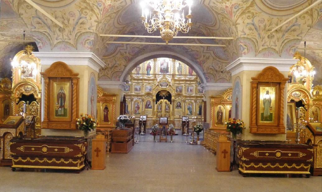 Иконы в храме Рождества Христова в Дивеево