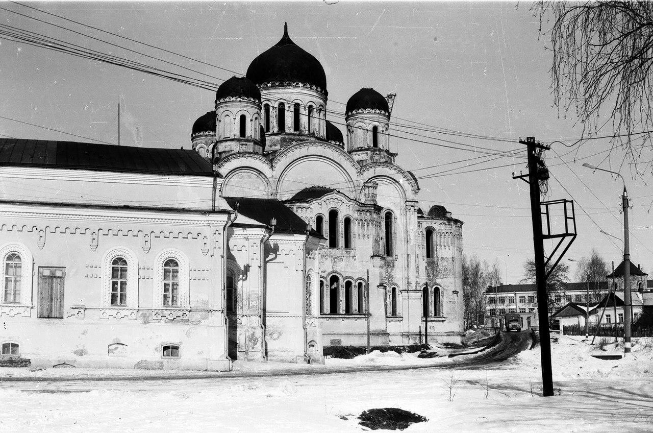 Преображенский собор Дивеевского монастыря до восстановления