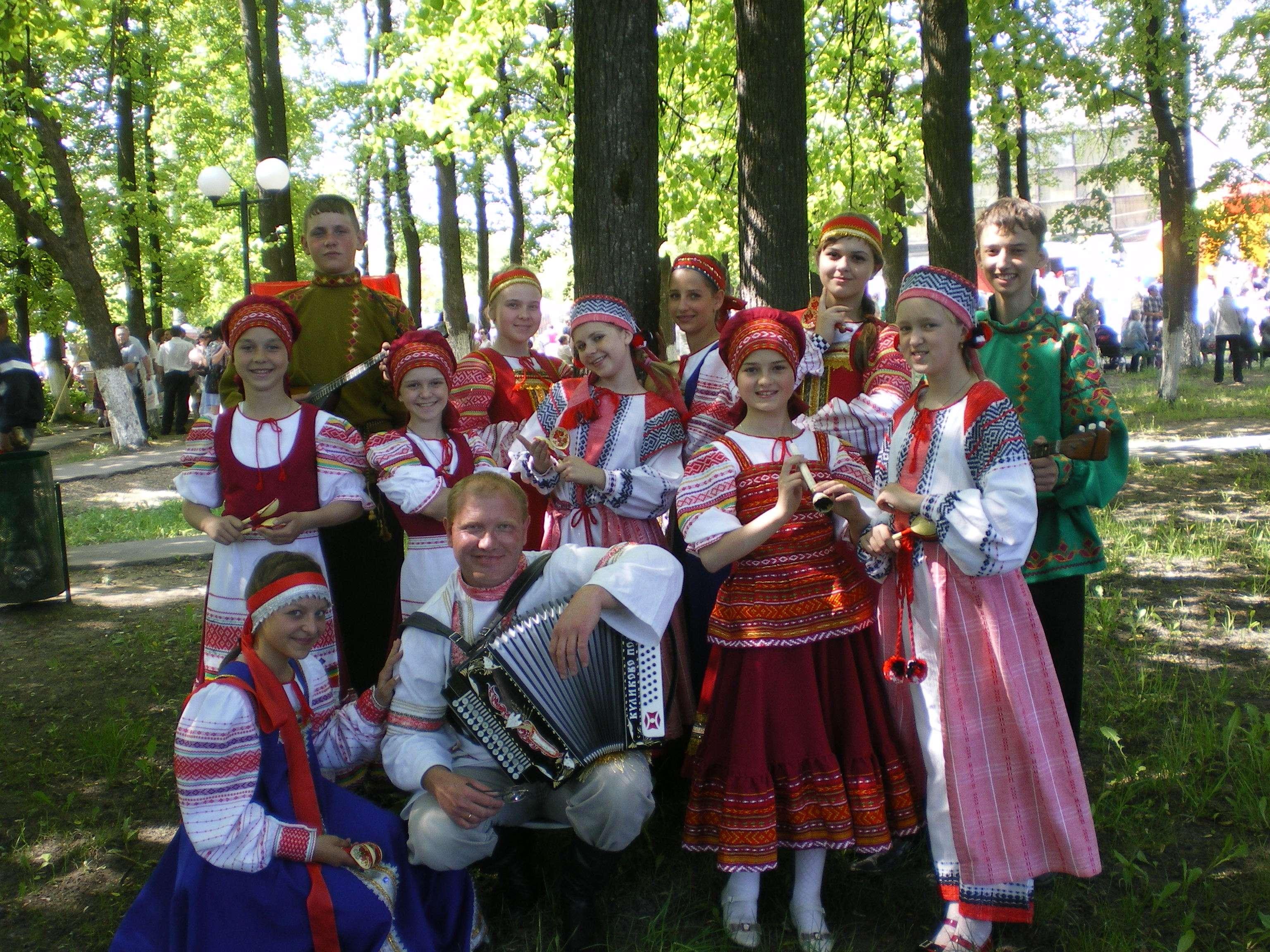 ансамбль народной песни «Печки-лавочки»
