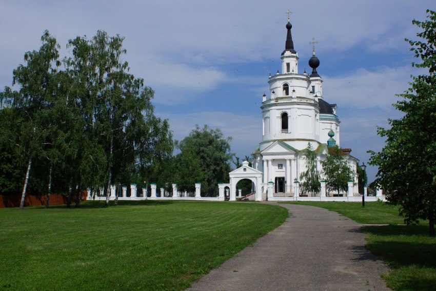 церковь успения пресвятой богородицы в болдино