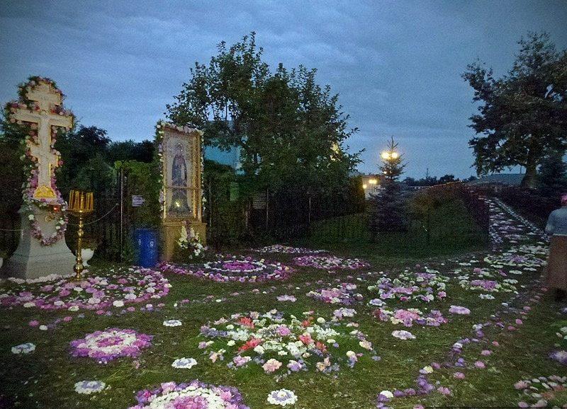 канавка Пресвятой Богородицы в Дивеево на Успение