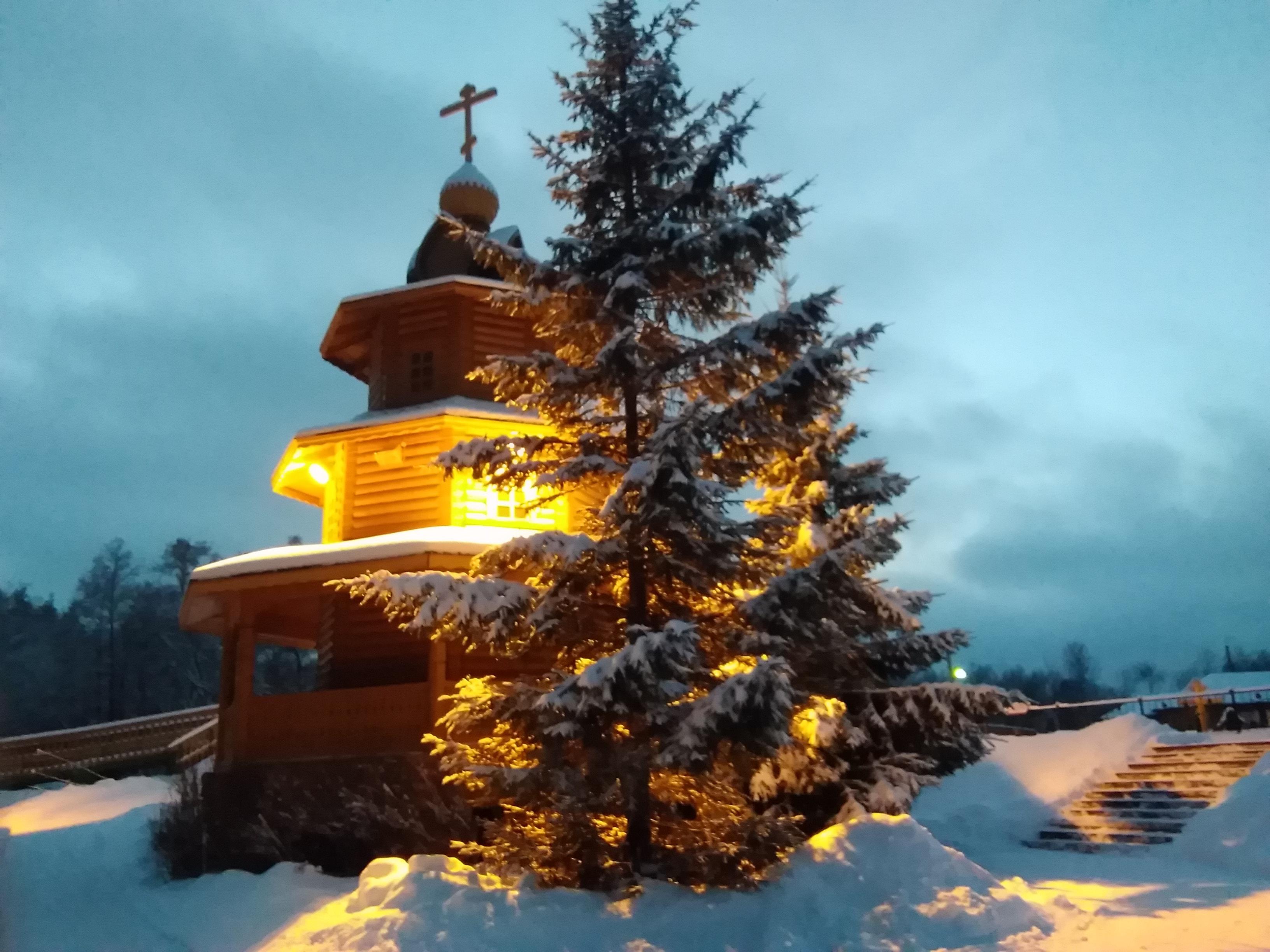 Источник Серафима Саровского на Новый Год в Дивеево