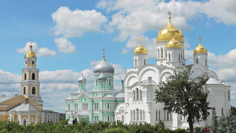куда съездить в России - Дивеево