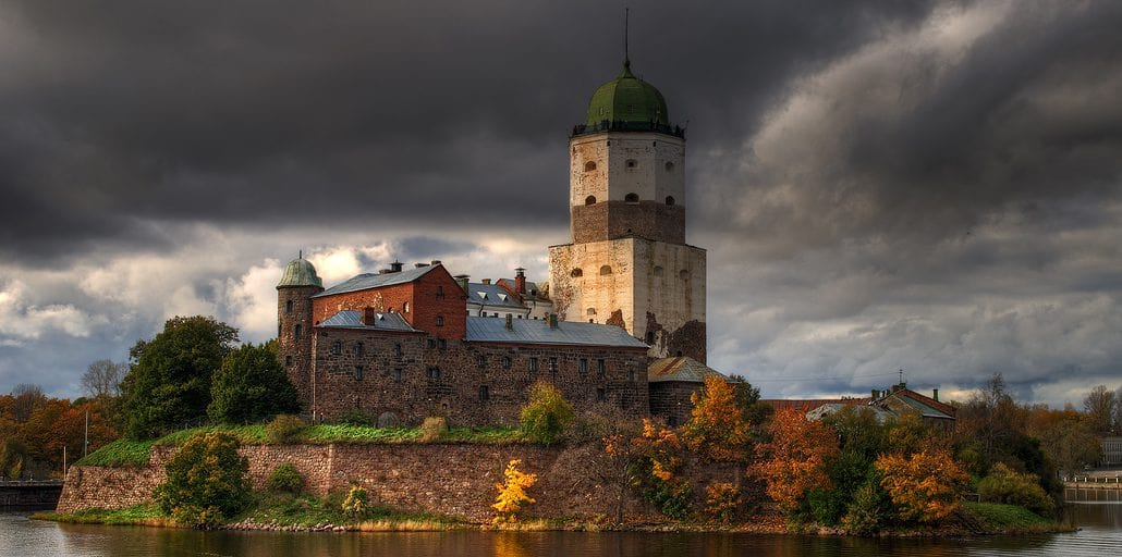 Самые красивые замки в России